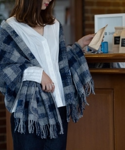 SHIPS Days:POCKET WOOL THROW
