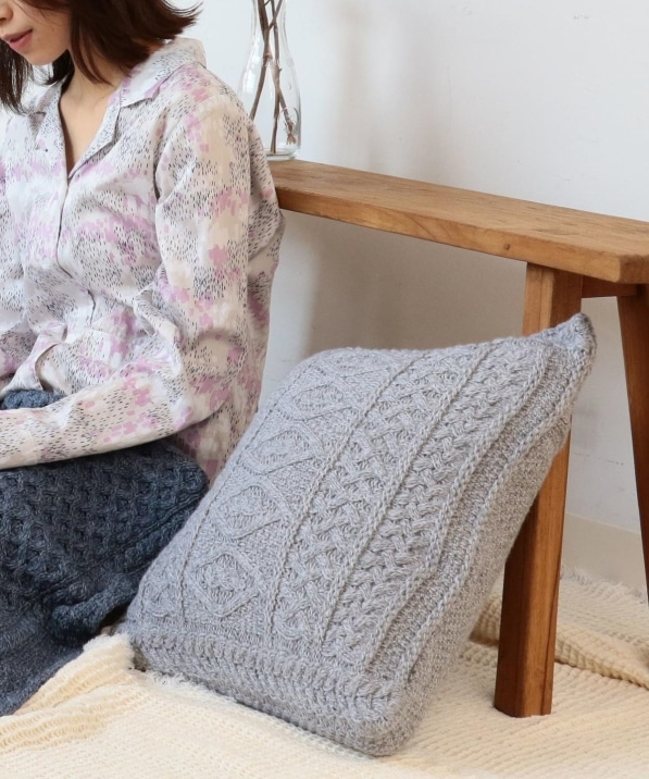 linoo:KNIT CUSHION COVER