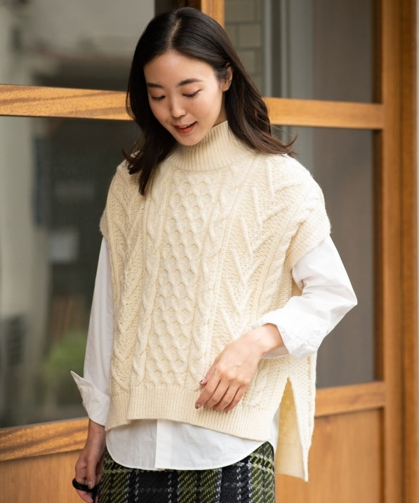 【SHIPS any別注】Oldderby Knitwear : ハイネックベスト